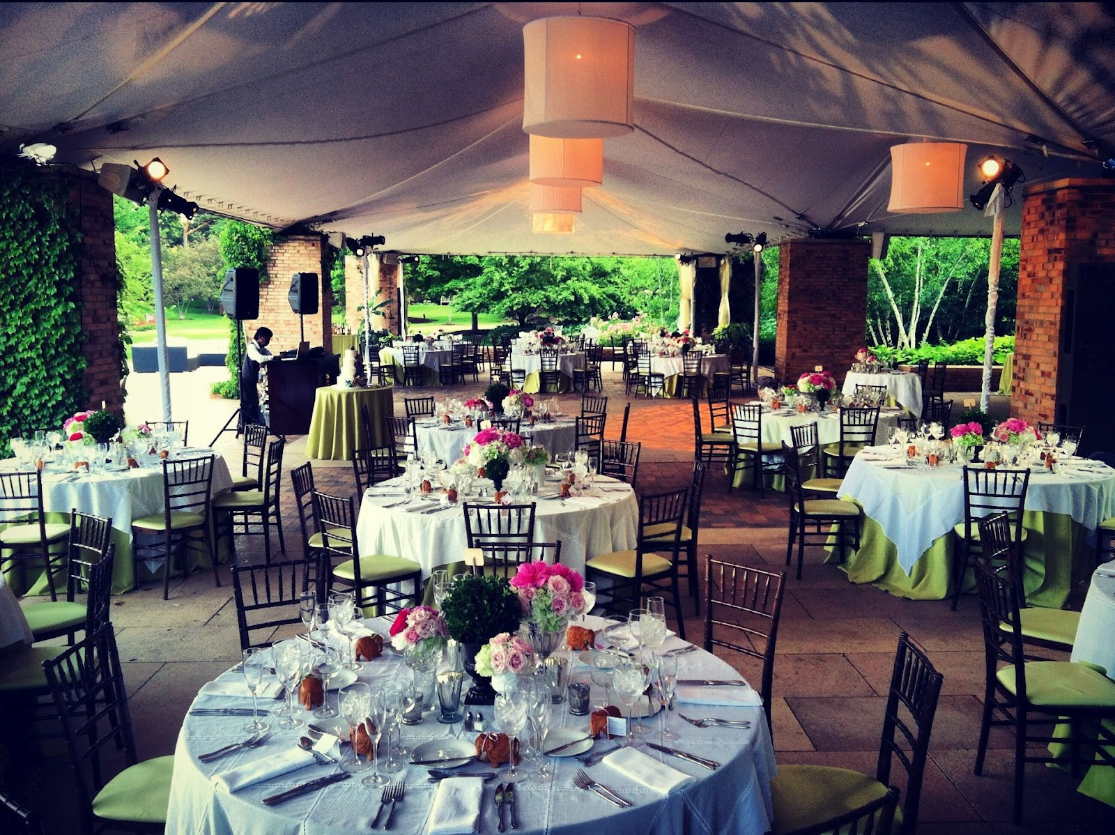 Unique wedding venues in lake county visit lake county blog for Chicago botanic garden wedding